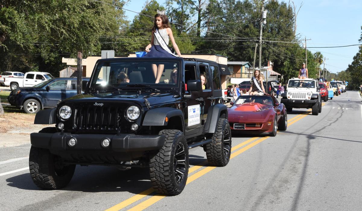 SHS parade 11.jpg