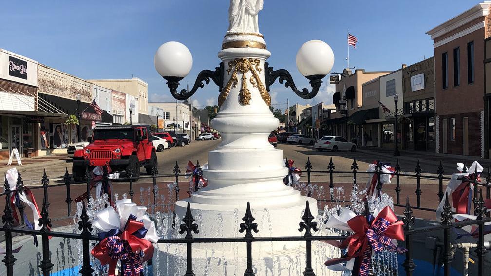 monument photo