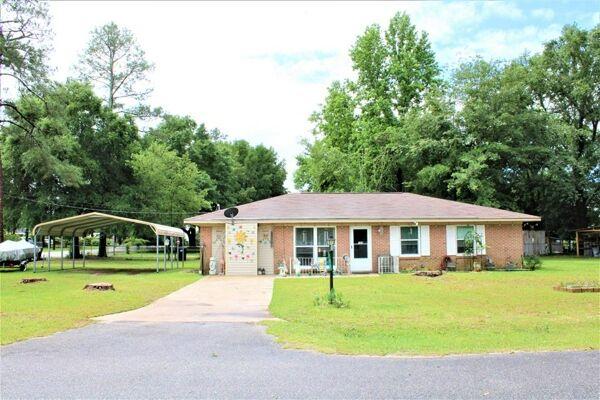 3 Bedroom Home in Newton - $132,900