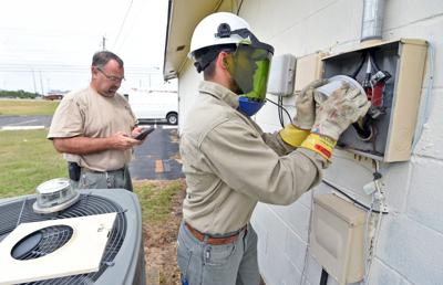 Dothan Utilities installing smart meters