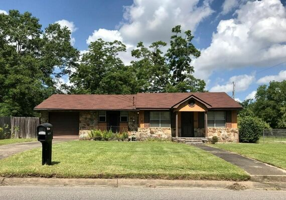 3 Bedroom Home in Dothan - $79,000