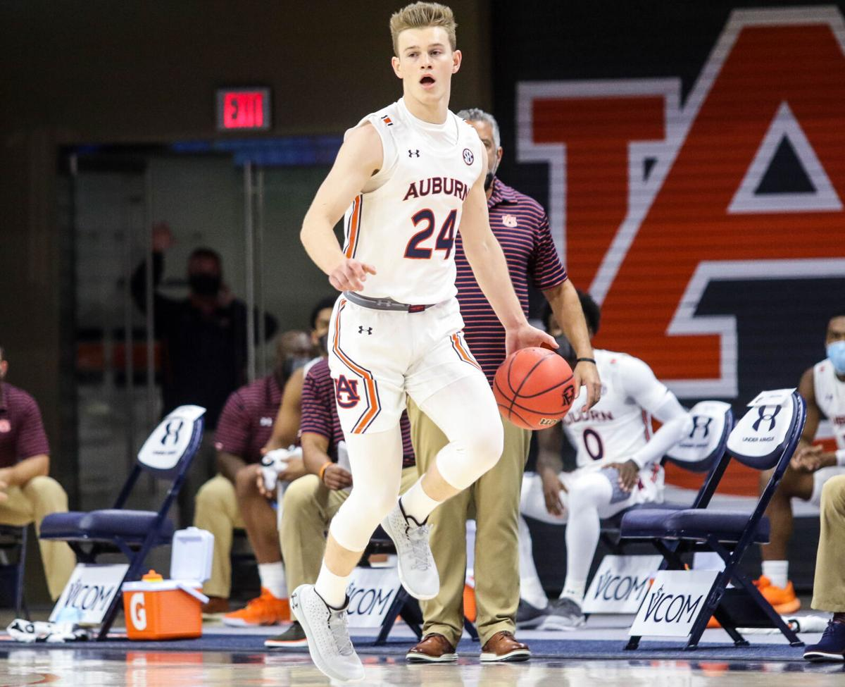 College Basketball Roundup Auburn Hits 22 3 Pointers In Win Troy Falls At Texas Tech Auburn Dothaneagle Com