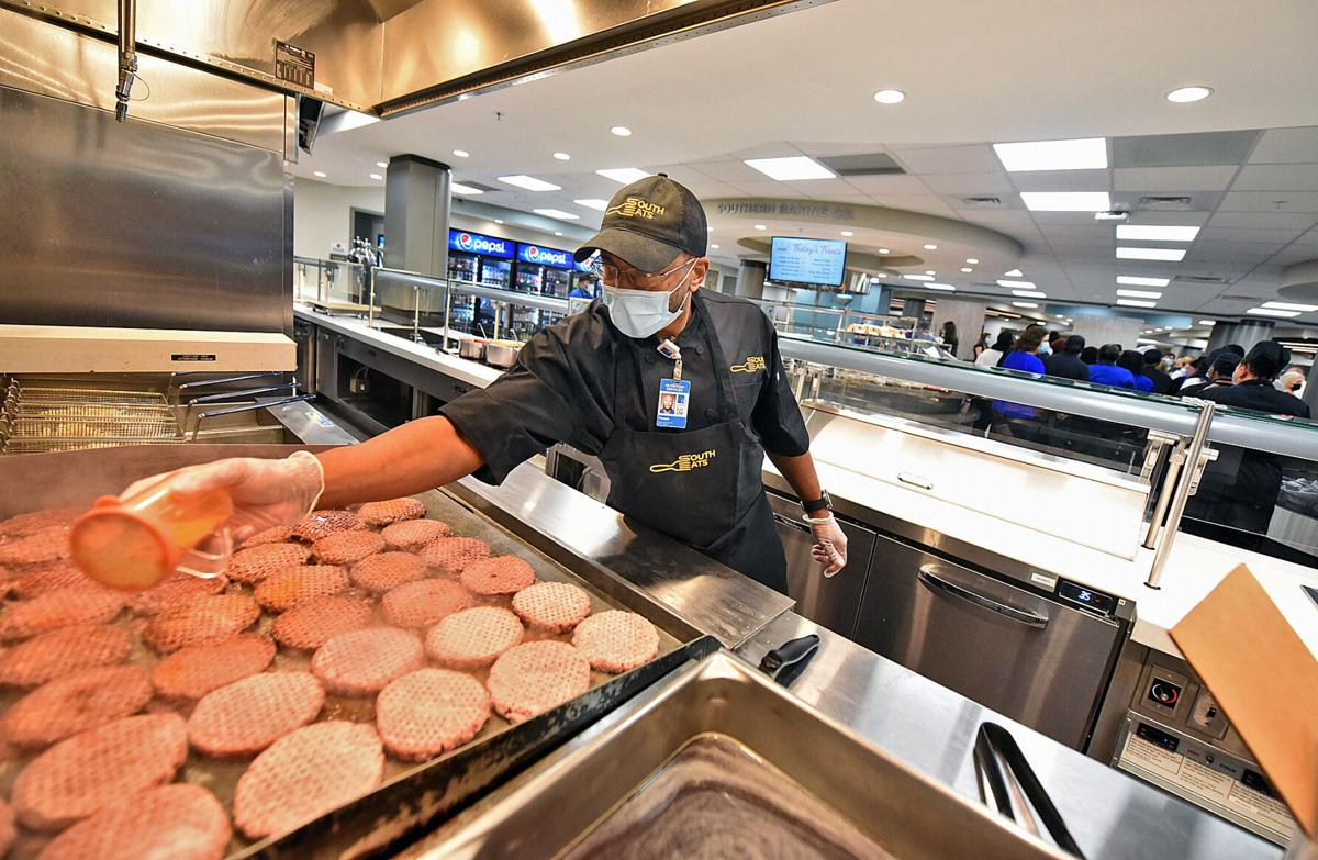 SouthEats cafeteria at Southeast Health opens