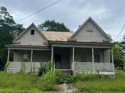 2 Bedroom Home in Dothan - $29,900