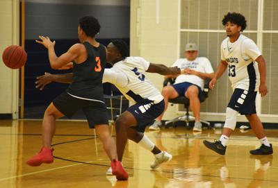Wildcats hit the court for summer basketball
