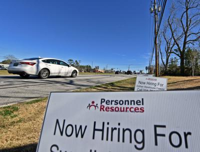 New unemployment claims down for state, Wiregrass