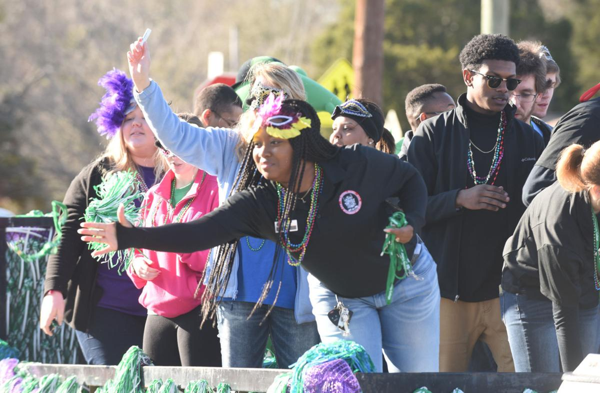 Better Floats Lots Of Throws Expected At Dothan Mardi