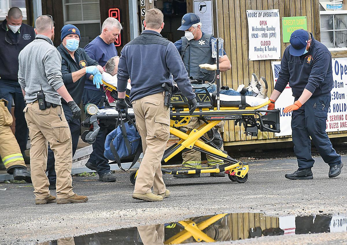 Man with gunshot wound in head dropped off in Dothan's Cowboys parking lot