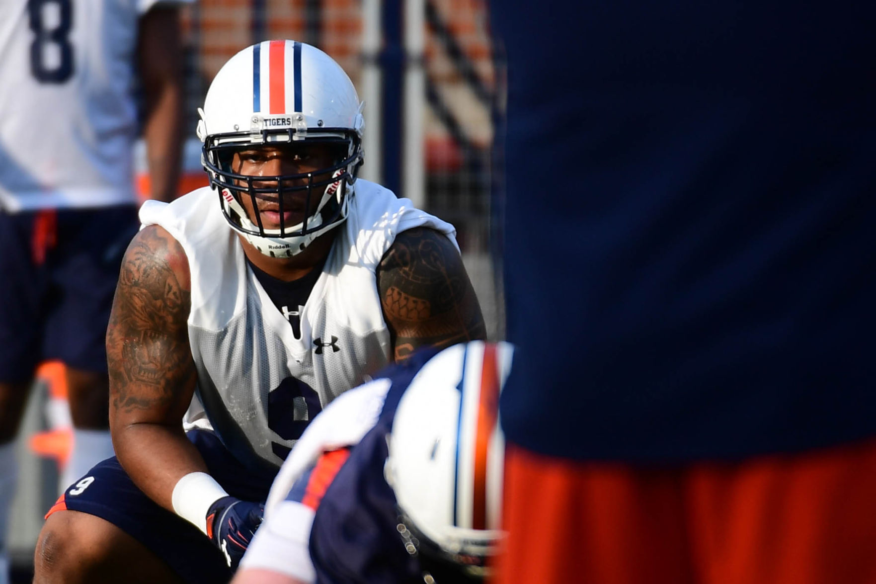 Malzahn: Former top recruit Byron Cowart leaves Auburn team