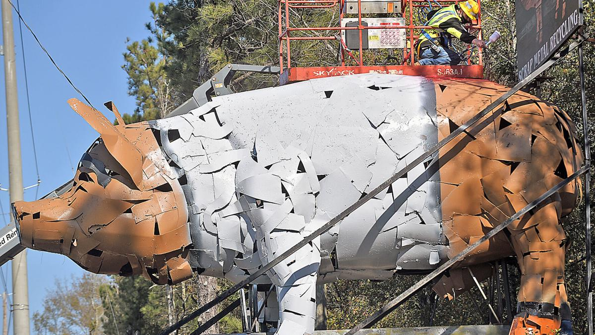 Schnitzer pig getting new paint job after Iron Bowl win