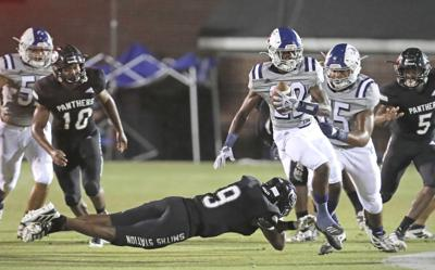 Back at home: Wildcats seek second region win