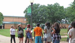 ESCC orientation program welcomes, prepares new students and families