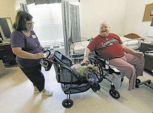 Pet therapy improves life for seniors