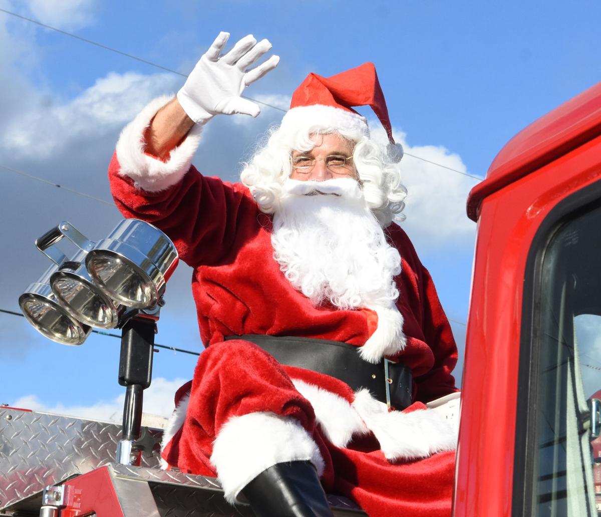 christmas parades (7).jpg