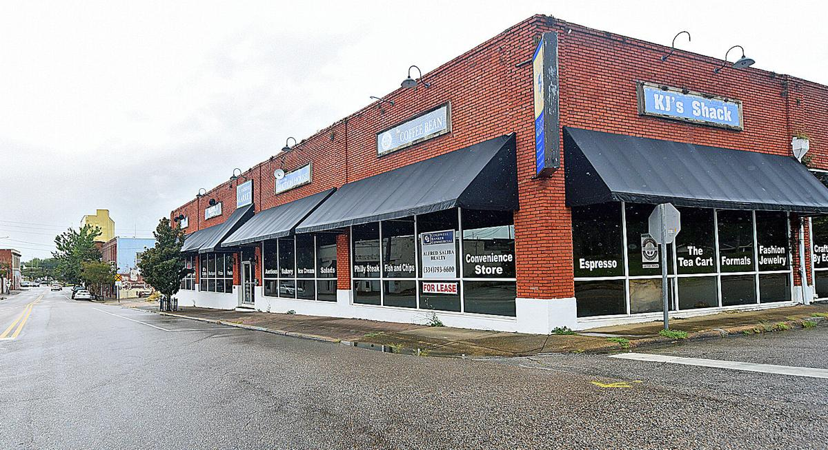 Downtown Living: Construction to begin on apartments