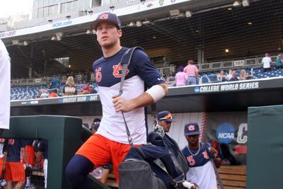 Auburn baseball players cherish long ride to CWS | Auburn
