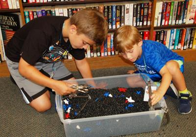 Library holds summer 'Space Camp'