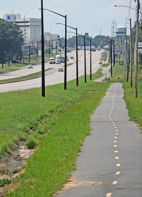 Dothan looks at sidewalk expansion around Southeast Health