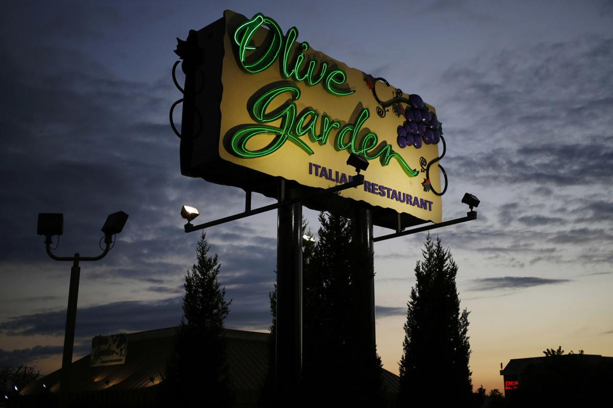 Olive Garden Will Drop 39 Buy One Take One 39 Deal In Strategy Shift Business