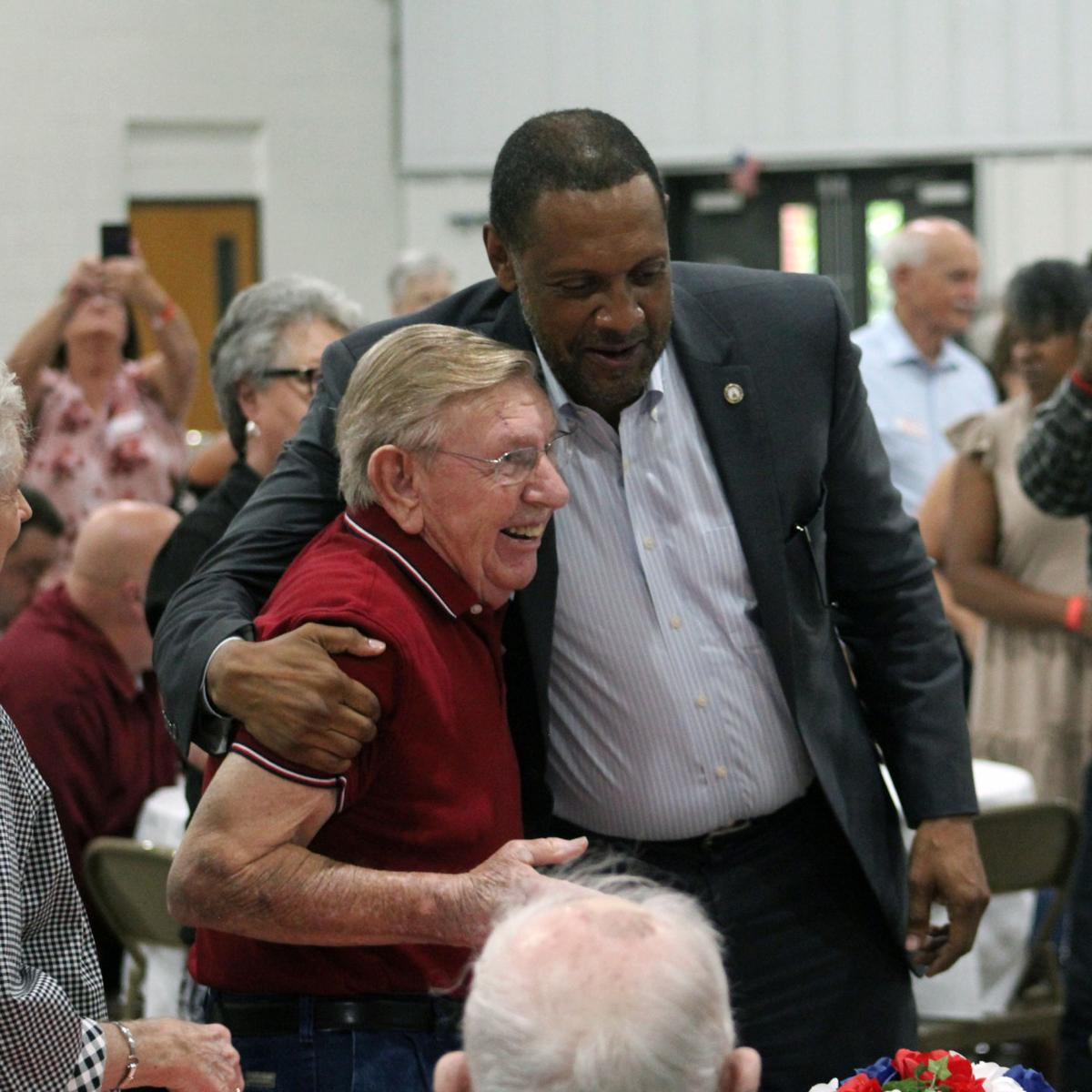 Jones brings campaign for governor to Douglasville