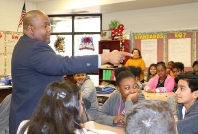 NMHS' Bethel speaks to Carrollton students