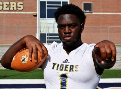 Top county football players receive recognition