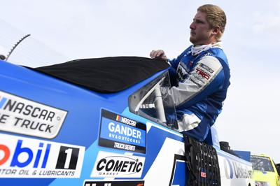 Winston's Hill NASCAR title quest begins in Tennessee