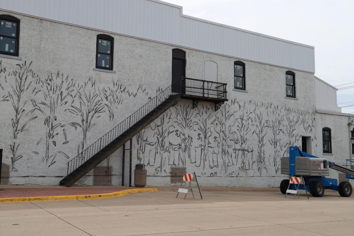 dcx-07222020-nws-mural-IMG_2363.JPG