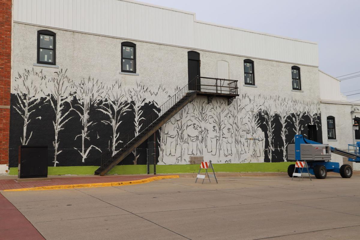 dcx-07222020-nws-mural-IMG_2369.JPG