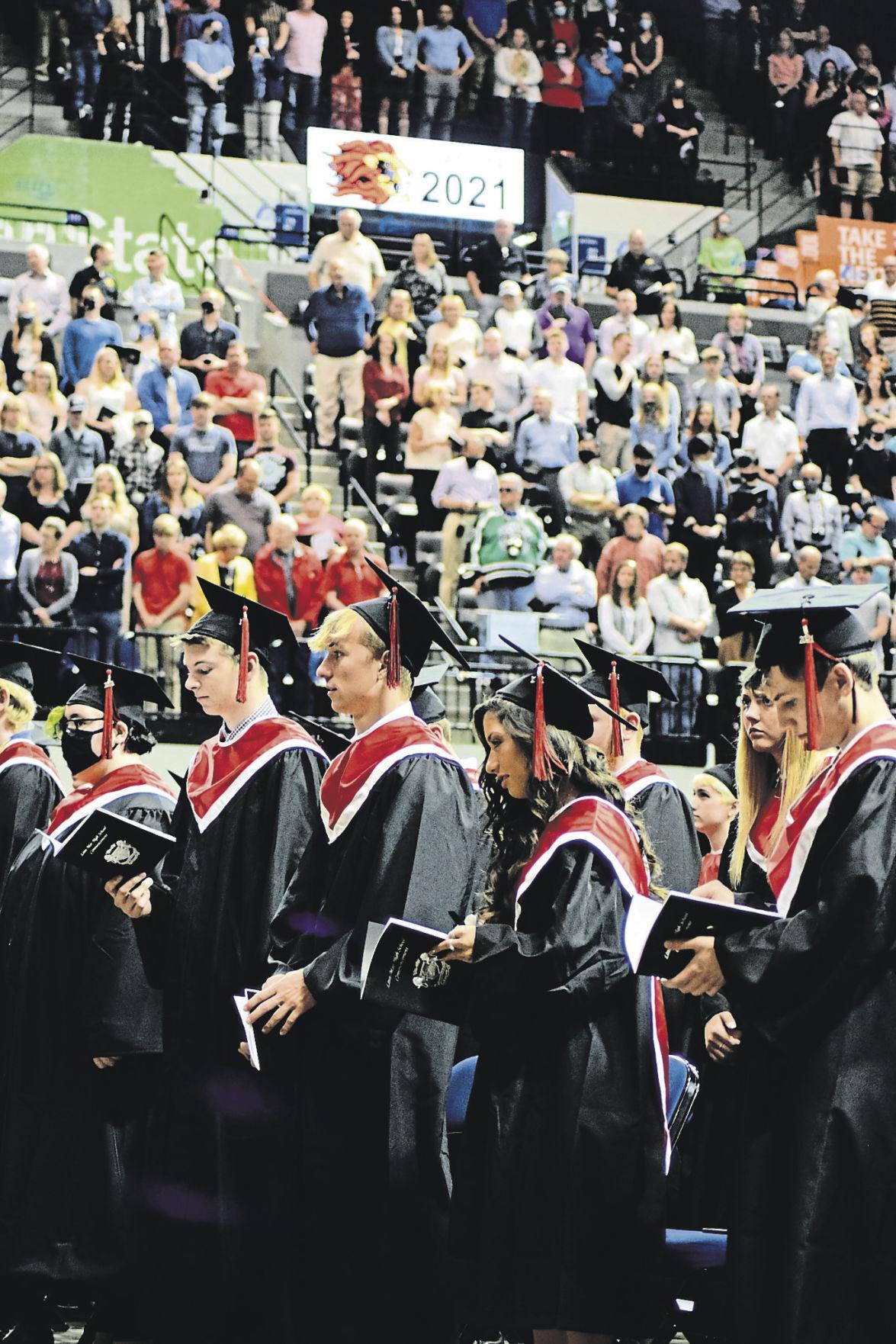 Linn Mar graduation 2