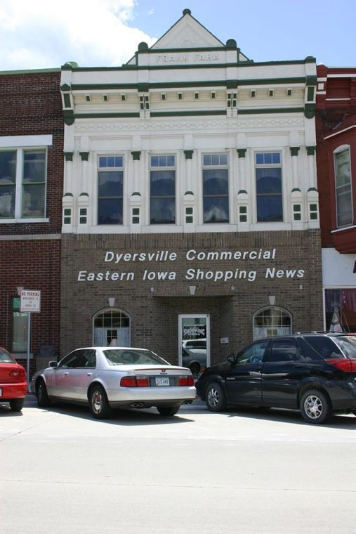 Dyersville Commercial
