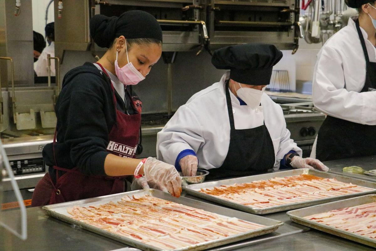 EKU students run restaurant Café Burrier on campus