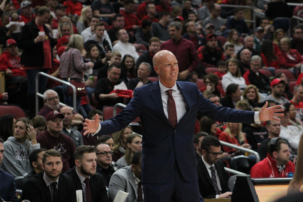 EKU men's basketball falls at No. 1 Louisville, 99-67