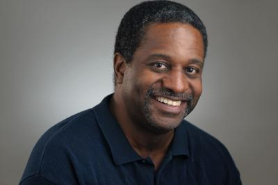 EKU professor Michael Randolph receives an Educator of Color Fellowship from the IRE