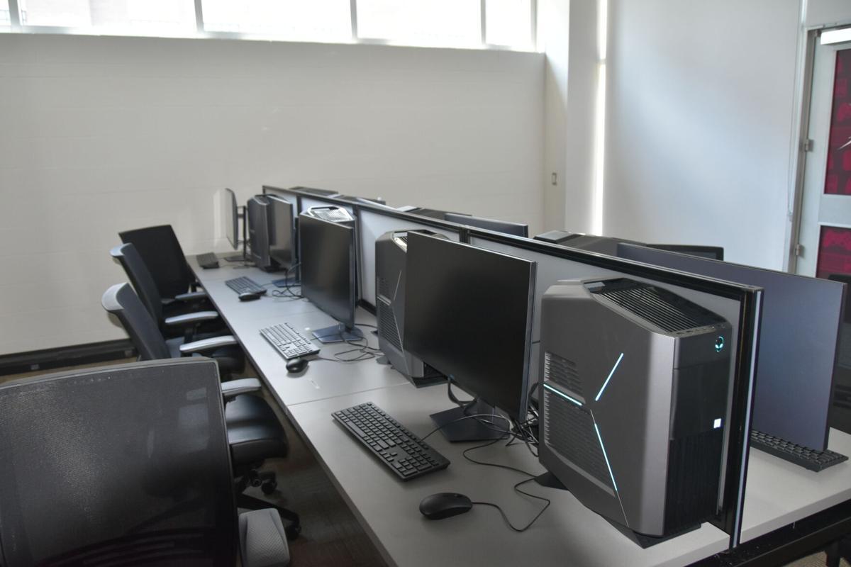 eSports Lounge PC Setup