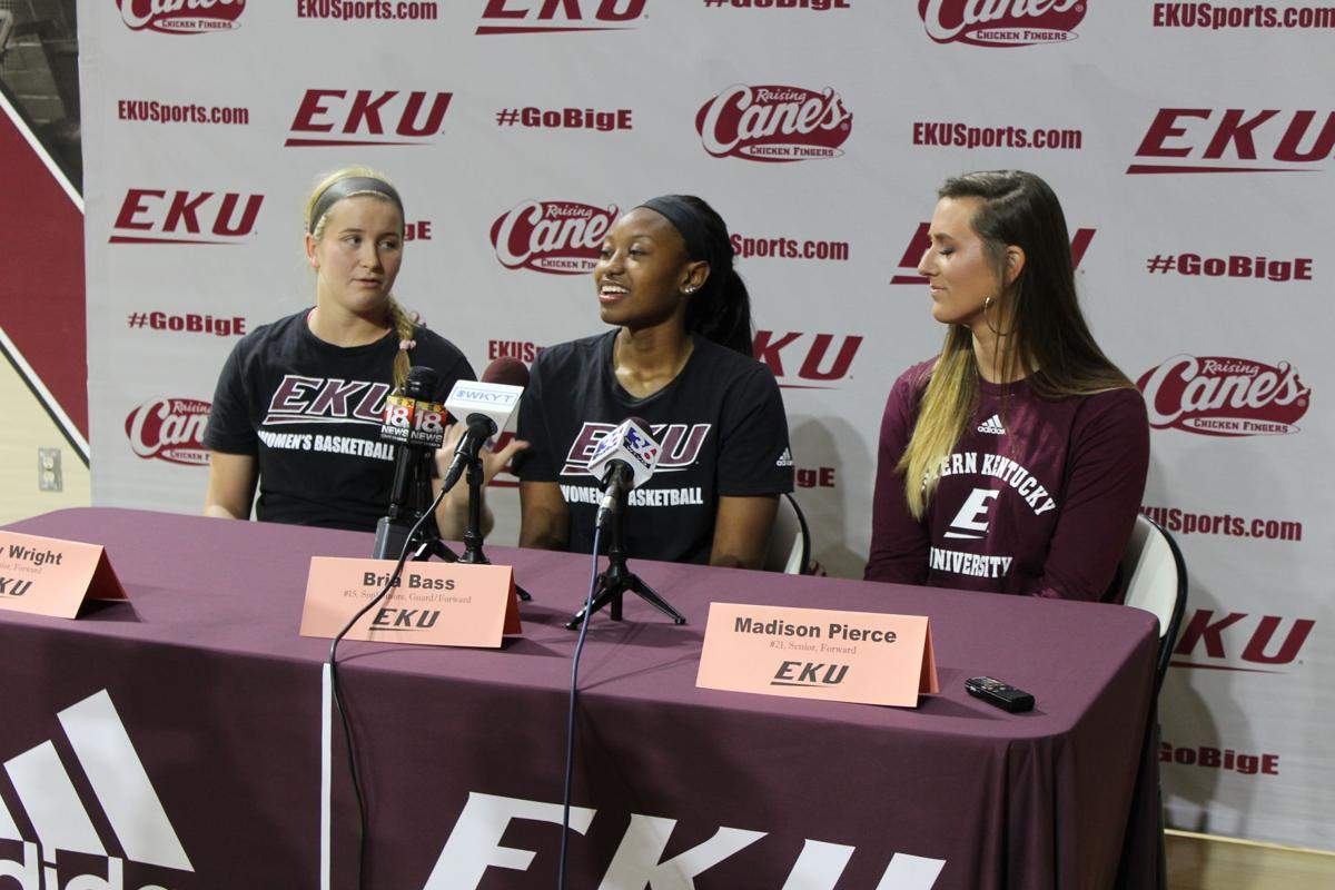 EKU women's basketball players