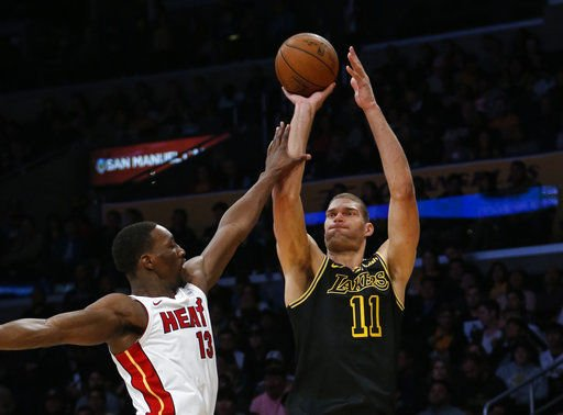 Center of attention: Bucks' Brook Lopez lights out from 3
