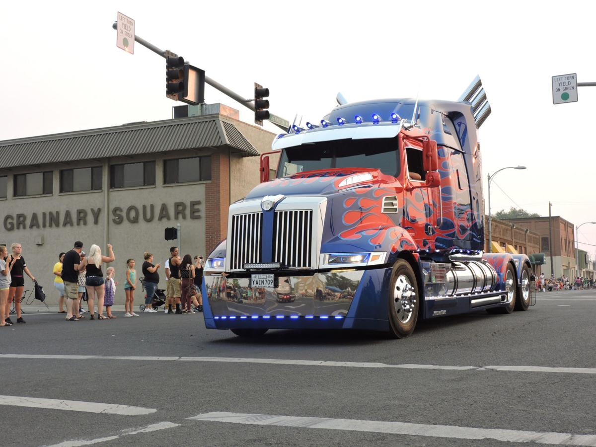 Transformer joins tractors, more at Umatilla County Fair parade