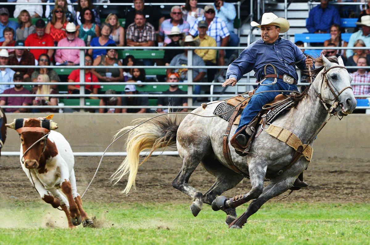 Gasperson wins steer roping