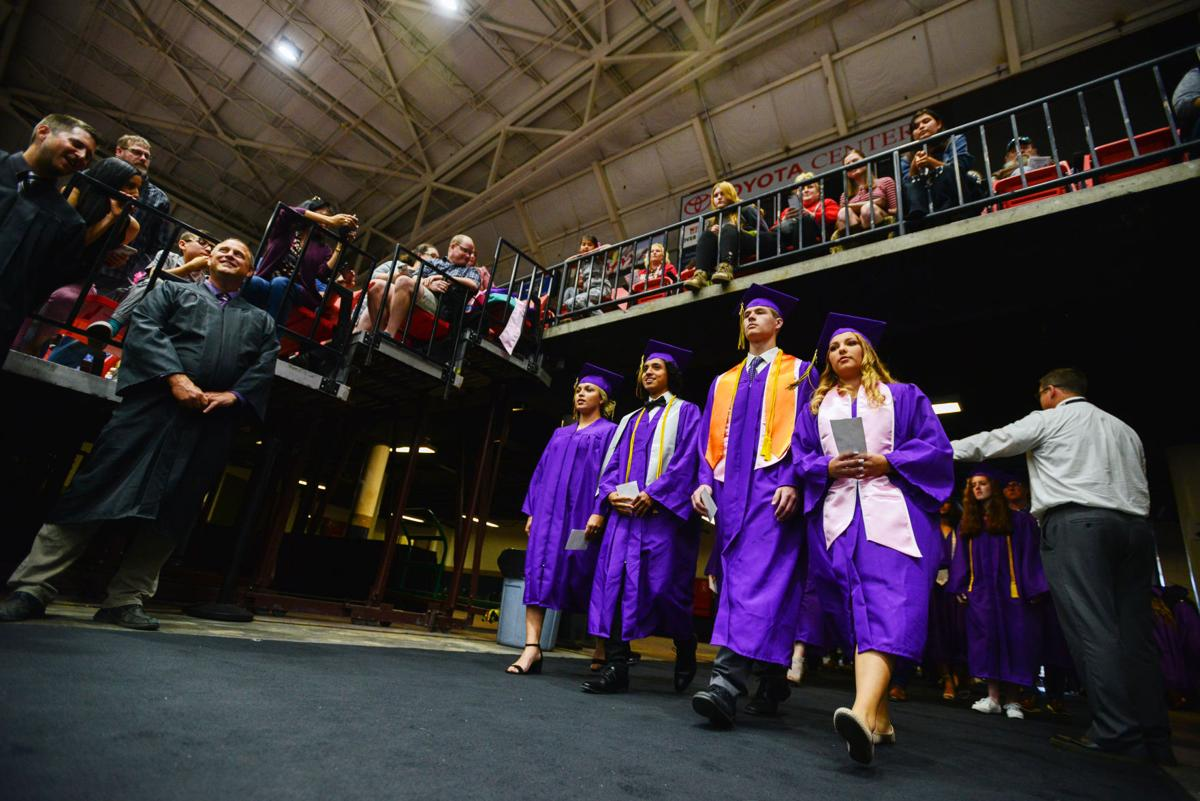 Hermiston Graduation