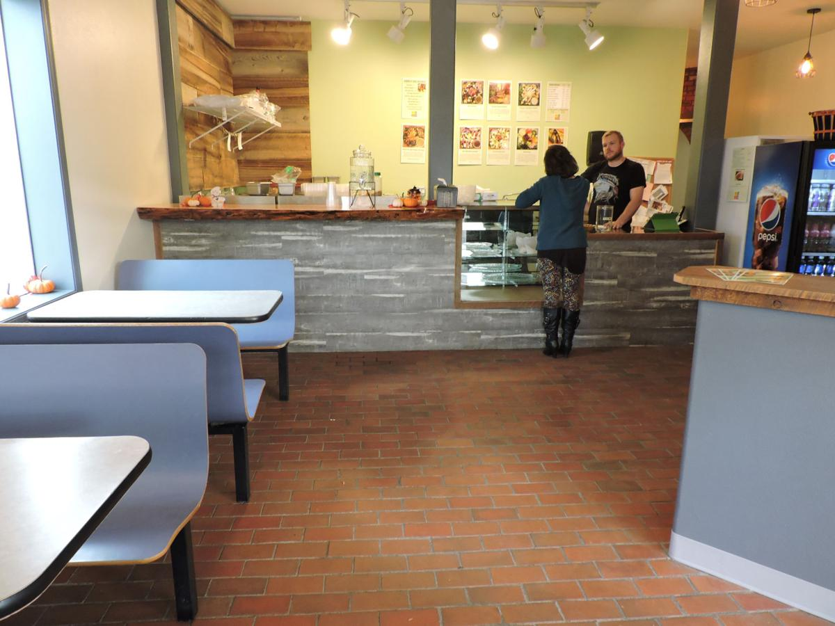 HERMISTON Veg Out open at new downtown location