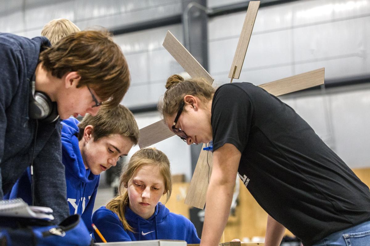 Teens test turbines
