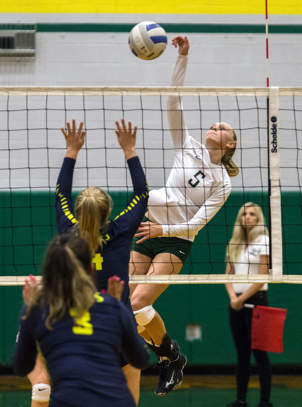 Volleyball | Hood River Valley at Pendleton