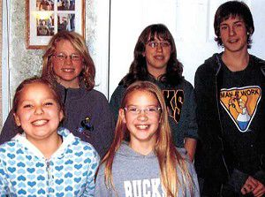 4-H small animal group elects leaders