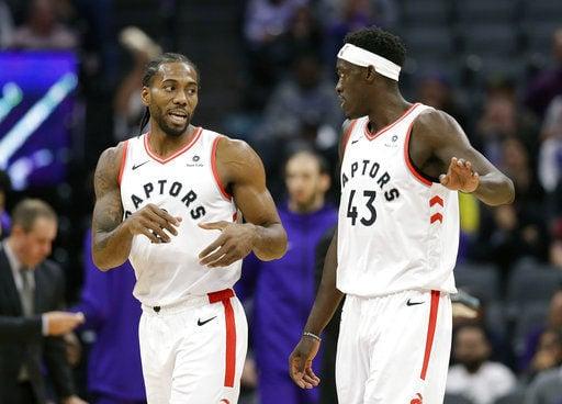 Leonard returns to help Raptors improve to NBA-best 11-1