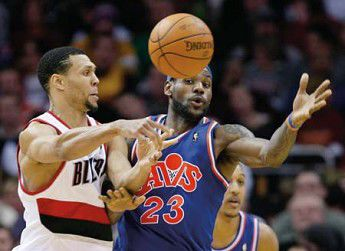 Blazers fall on Cavs on the road