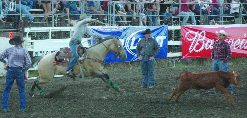 Goodrich hits hitch in step at Fort Dalles Rodeo