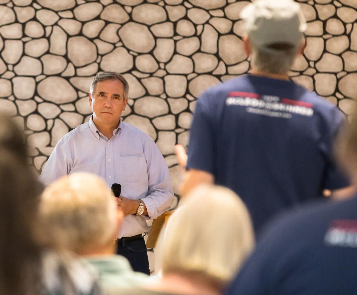 Merkley  calls for  border  reform