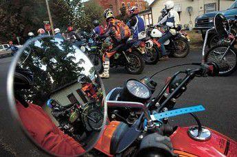 Hodaka faithful take reunion ride into memory (Slideshow)