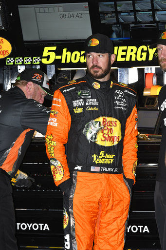 Truex trying to keep focus on title shot after Logano bump